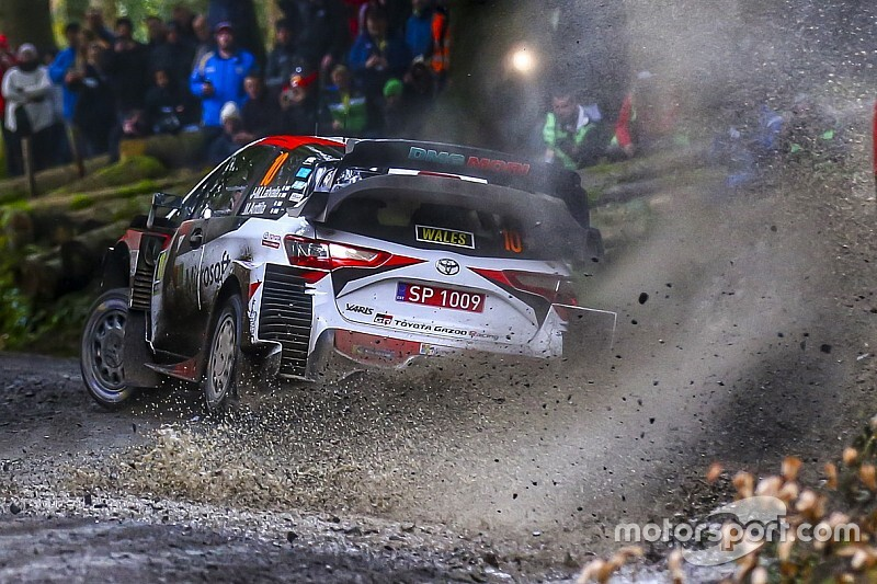 WRC, Rally Galles, PS7: Ogier si ripete. Latvala capotta!
