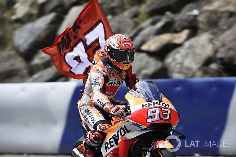 """El propietario de KTM considera que """"Márquez es dios"""""""