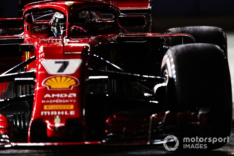 Szingapúri Nagydíj: éjszakai képek a második F1-es szabadedzésről