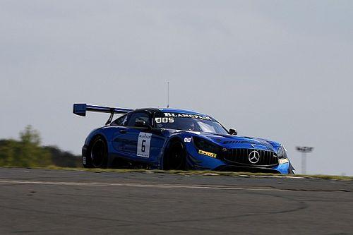 Bortolotti y Stolz se llevan las poles en el Nurburgring, Riberas y Costa brillan
