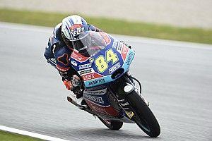 Moto3 Silverstone: Kornfeil aan kop in derde training
