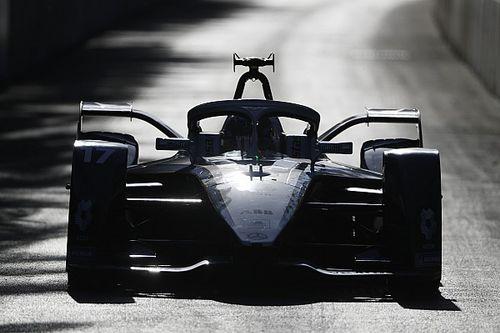 Fórmula E: de Vries domina e vence a corrida 1 na Árabia; di Grassi é nono