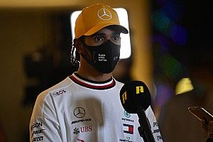 Hamilton wants new Mercedes F1 contract before Christmas