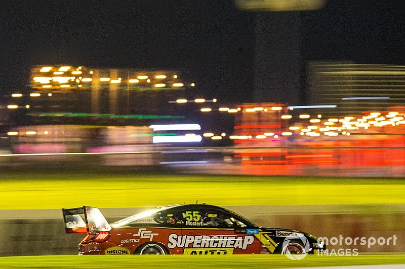 Supercars Mustang set for quarter-mile drag showdown