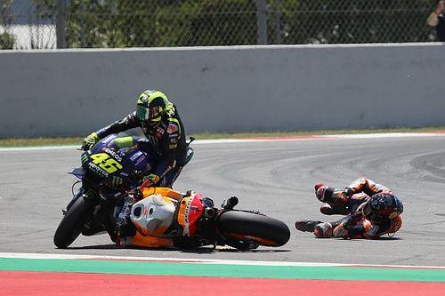 Enggan salahkan Lorenzo, Rossi kritik tikungan Catalunya