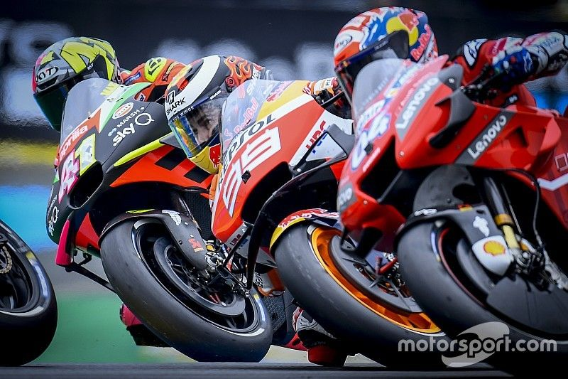 The complications of Lorenzo's mooted Ducati return