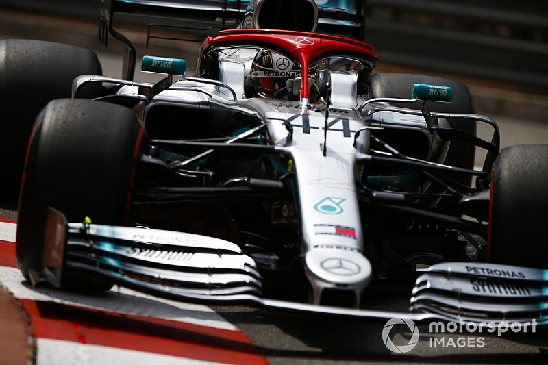 Hamilton supera Bottas e faz pole em Mônaco; Ferrari comete gafe com Leclerc