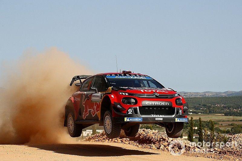 WRC, Rally Italia Sardegna, PS1: Citroen parte forte con Ogier e Lappi