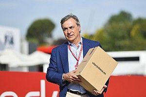 Idősebb Sainz megnevezte F1-es álompárját a dobogón