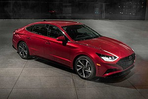 Hyundai показав новий седан Sonata на автосалоні в Нью-Йорку
