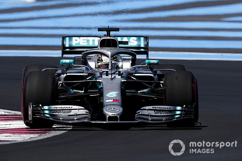 Hamilton under investigation for Verstappen incident
