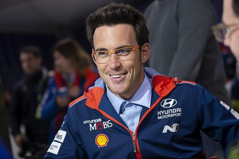 Testowy dla Neuville'a, Ogier zamknął stawkę WRC
