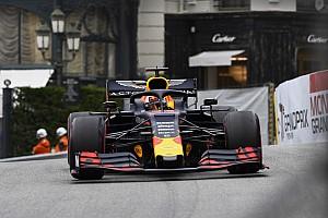 Raceoverall Verstappen brengt 27.000 euro voor goede doel op