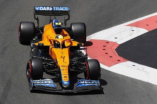 HIVATALOS: Norrist megbüntették, hátrébbról rajtol az F1-es Azeri Nagydíjon!