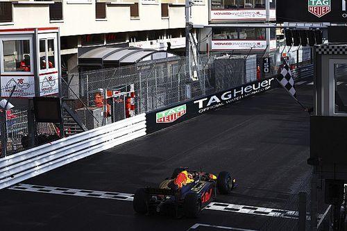 Lawson impérial sur piste humide à Monaco