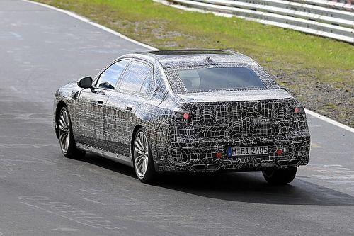 Nuova BMW Serie 7, l'ibrida e l'elettrica girano al Nurburgring