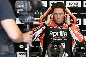 "Espargaro ""doesn't understand"" why Dovizioso won't commit to Aprilia MotoGP seat"
