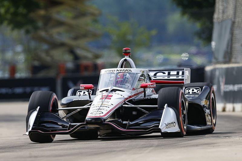 Detroit IndyCar: Newgarden harika bir pole aldı, Ferrucci kaza yaptı