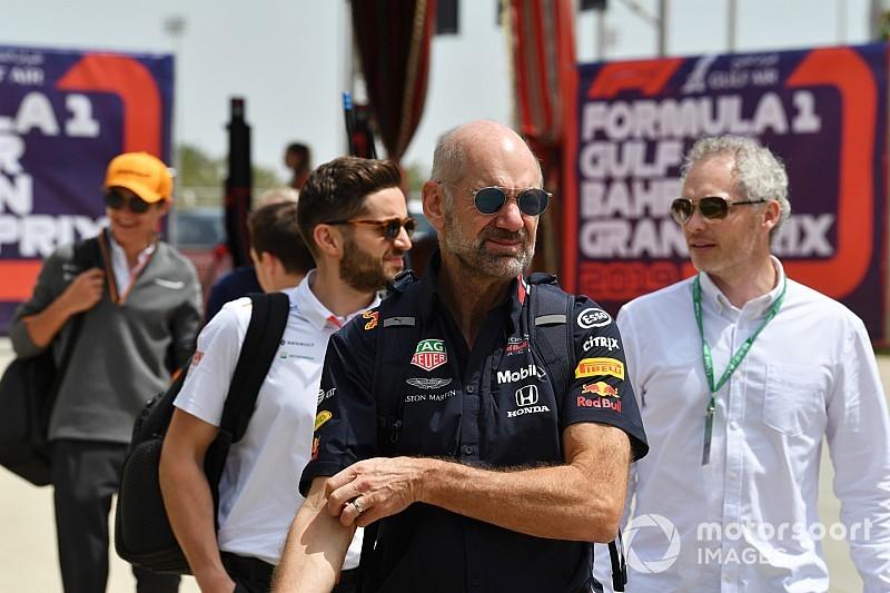 Maradni akar a Red Bull technikai kulcsembere