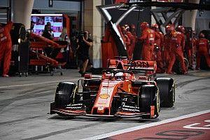 Elképesztően szoros verseny a Red Bull, a Williams és a Ferrari között a bokszutcában