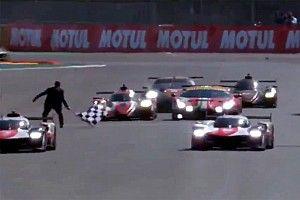 VIDEO: El momento en que casi atropellan al oficial de meta en Le Mans