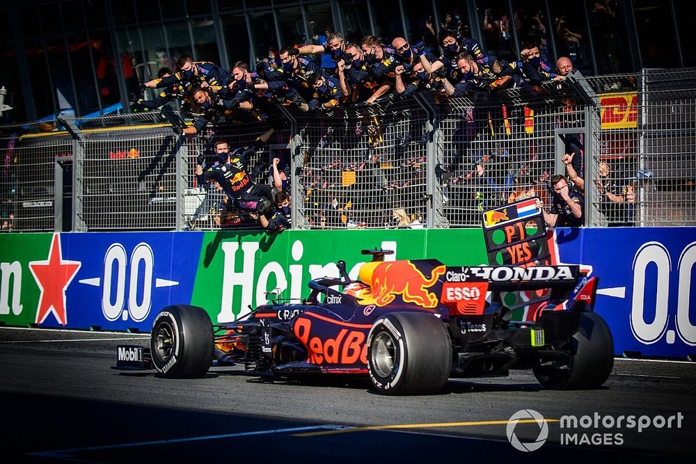 Max Verstappen: Masih Ada Banyak Lika-liku di F1 2021