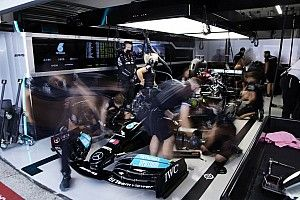 Wolff préconise un roulement face au calendrier de 23 GP
