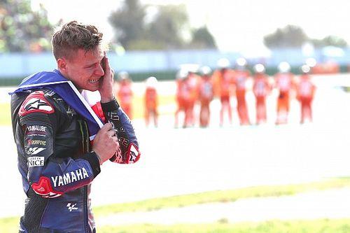 """""""Desde que nací soñaba con ser campeón"""", dice un Quartararo roto en lágrimas"""