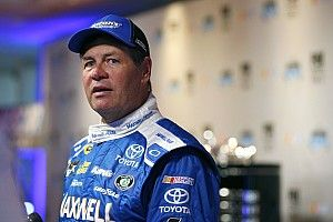 Michael Waltrip facing bittersweet Daytona 500 without MWR