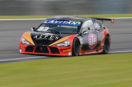 Casagrande faz primeira pole position do ano no Turismo