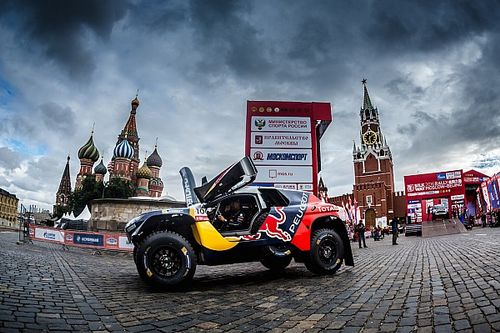 2016 Silk Way Rally: Peugeot and Renault win Kazan Super-Special !