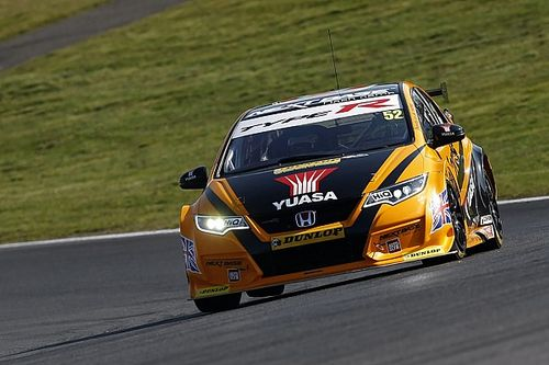 Brands Hatch BTCC: Shedden beats Tordoff to win title