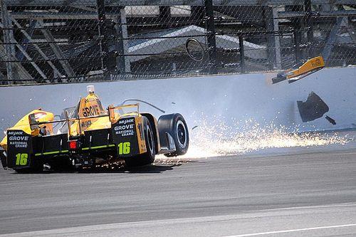 Spencer Pigot crash halts Wednesday Indy 500 practice - video