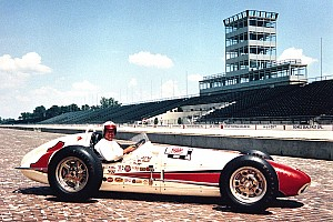 """Una leyenda de la IndyCar: """"El simracing es una pérdida de tiempo"""""""