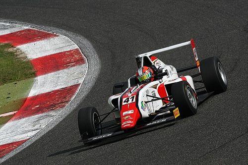 Raul Guzman si impone in Gara 1 a Vallelunga