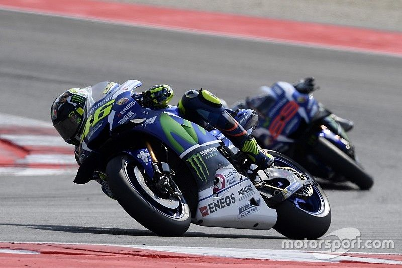 "Rossi: Lorenzo overtake controversy has become ""a joke"""