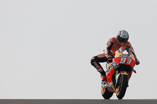 Aragon MotoGP: Marquez leads Rossi in first practice