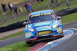 BTCC Race report Silverstone BTCC: Jordan wins action-packed Race 2