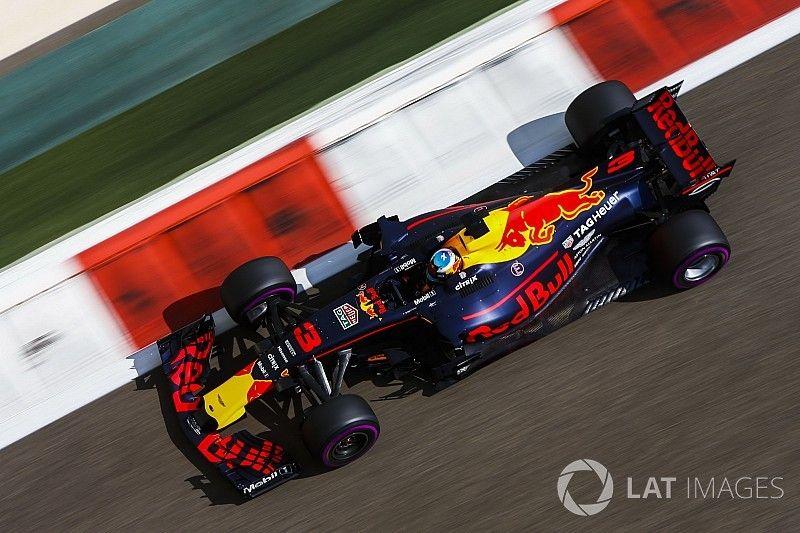 """Ricciardo: """"Red Bull kan in 2018 favoriet voor het kampioenschap zijn"""""""