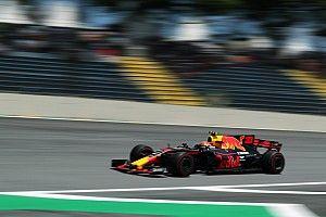 """Verstappen: Perder meio segundo nas retas é """"doloroso"""""""