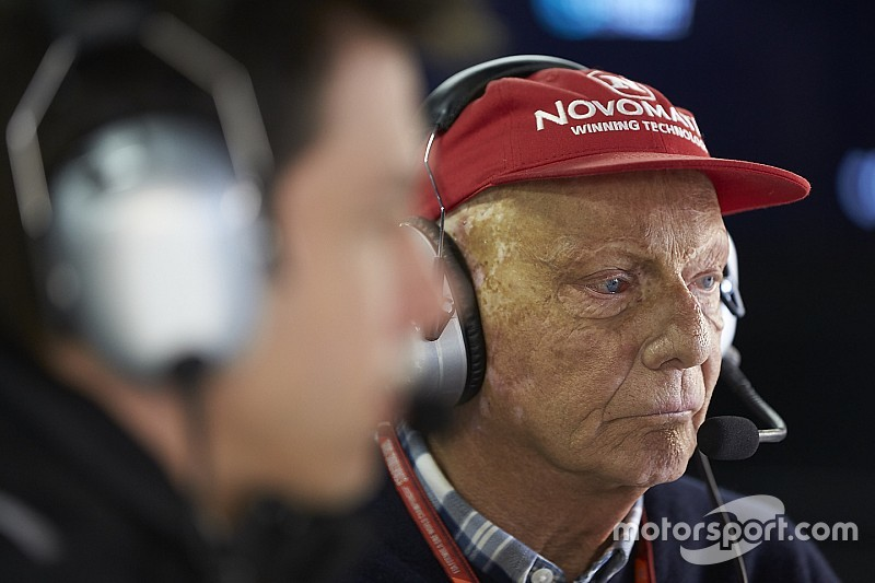 Lauda leaves hospital two months after lung transplant