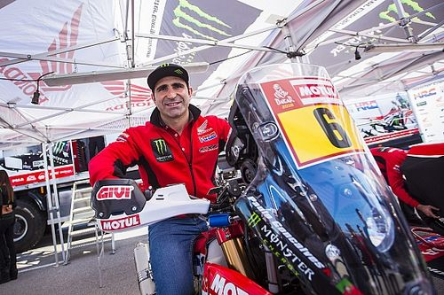 Вице-чемпион «Дакара» пропустит гонку 2018 года из-за травмы