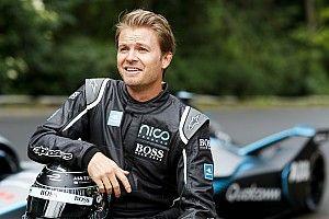 GALERIA: Rosberg faz apresentação com novo carro da F-E