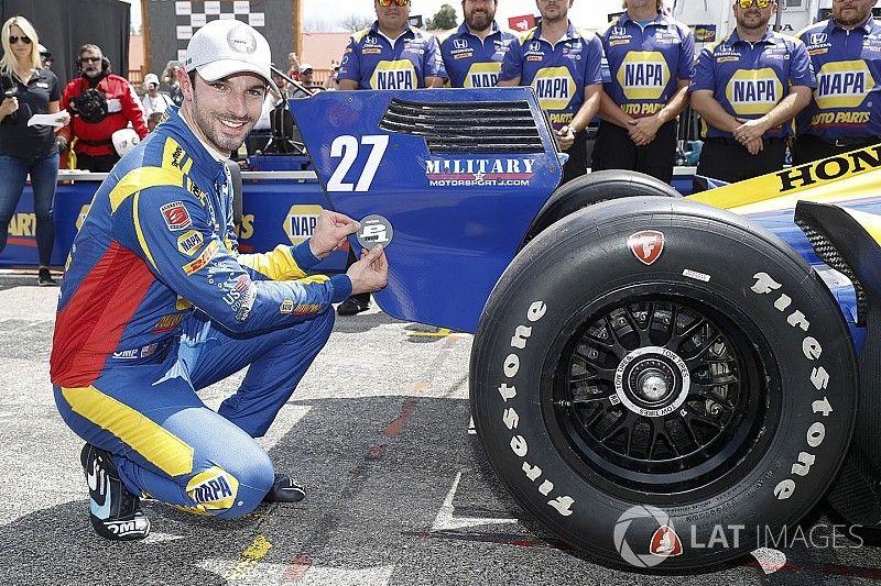 Alexander Rossi se lleva brillantemente la pole