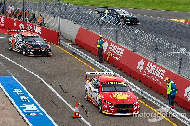 Adelaide 500: McLaughlin fastest in second practice