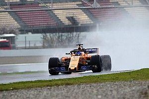 Tes Barcelona: Alonso sendirian memimpin di trek tak ideal