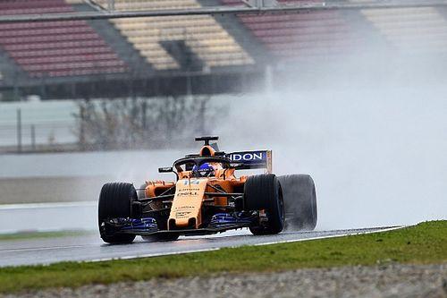 Test Barcellona, Day 3: la McLaren torna prima grazie alla neve