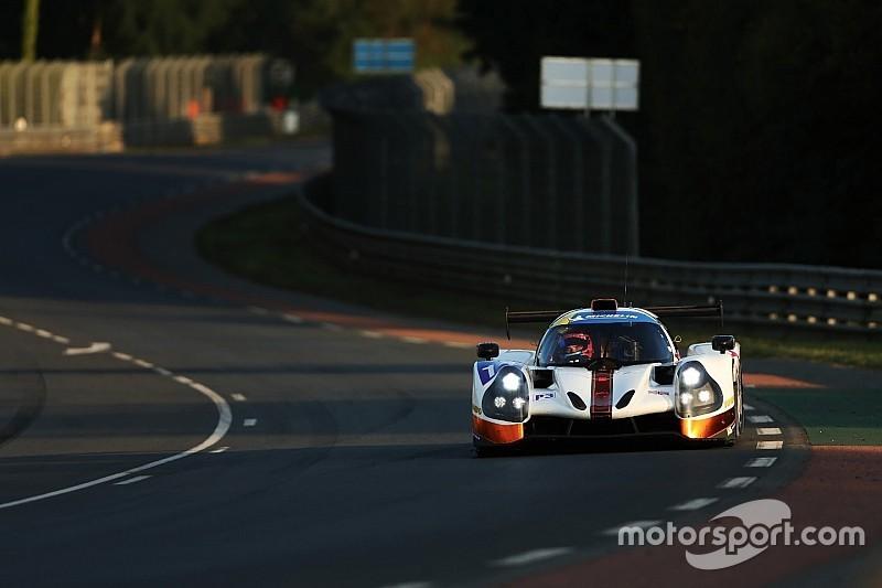 """Van Uitert geniet van debuut op Le Mans: """"Wat een gaaf circuit!"""""""