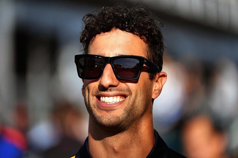 Ricciardo diz querer confirmar futuro até férias da F1