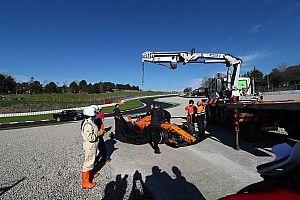 Otra avería del McLaren de Alonso protagoniza la última mañana de test